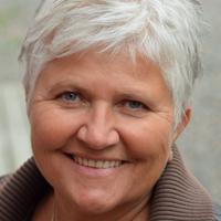 Hypnoterapeut Kari Strifeldt